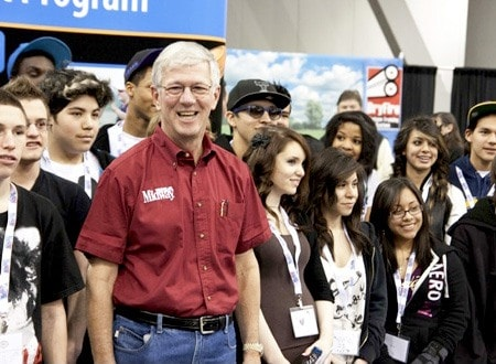 MidwayUSA Founder and CEO Larry Potterfield with Dallas, TX High School Students