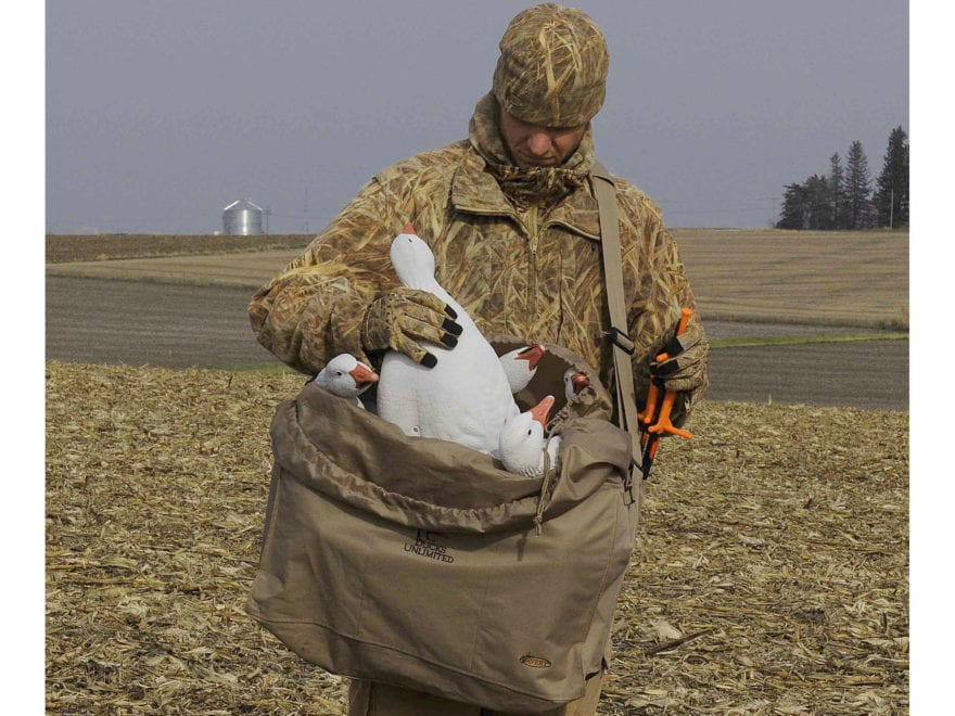 Avery 6-Slot Mid-Size Full Body Goose Decoy Bag