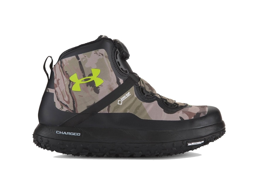 under armour hiking shoes for men